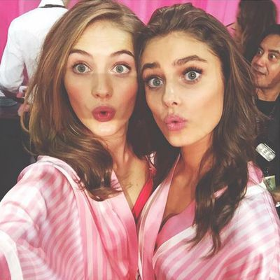 Sanne Vloet with Taylor Hill.