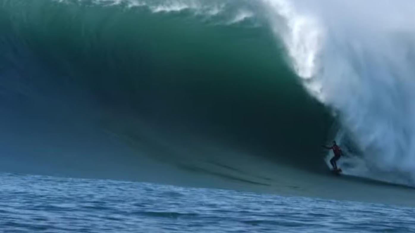 Pete Mel scores incredible 'wave of the decade' at infamous big-wave spot Mavericks