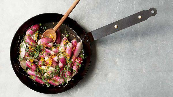 Warm radish with anise