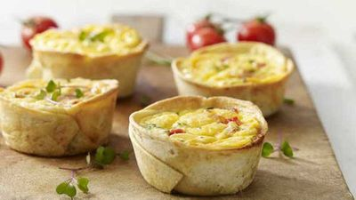 "Recipe:&nbsp;<a href=""http://kitchen.nine.com.au/2016/05/20/11/09/egg-and-bacon-cups"" target=""_top"">Egg and bacon cups</a>"