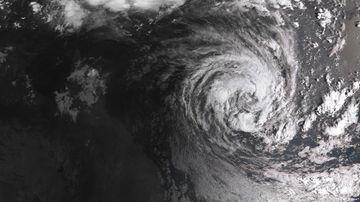 Beaches closed as Cyclone Oma nears Queensland coast