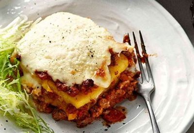Polenta lasagne with meat sauce