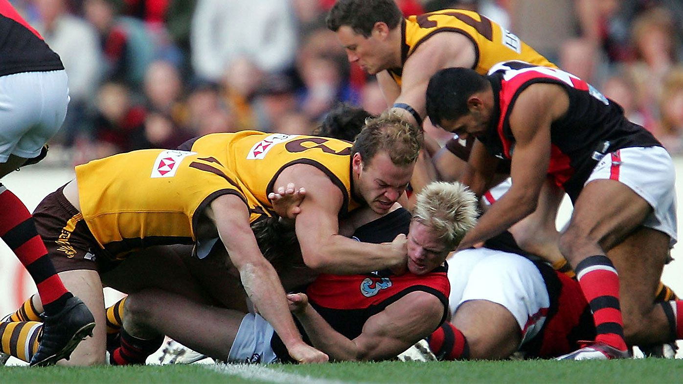 Hawthorn v Essendon Line in the Sand