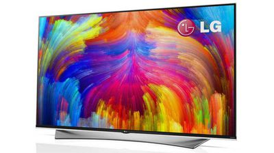 "<p><b>LG sticks with stunning, expensive OLED TVs </b></p><p> While most of the market, including Samsung and Sony, have given up on producing OLED televisions for the home market because of cost, LG have unveiled a curved, flexible 77-inch OLED TV with 4k resolution. </p><p> The market-ready flagship model is expected to sell for north of $30,000 in the US, to which we could expect to add a hefty ""Australia tax"". But they do look stunning. </p>"