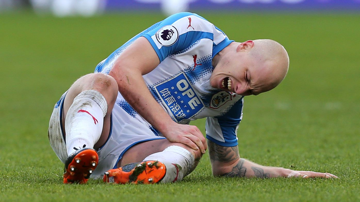 Socceroos star Aaron Mooy injury not serious after stretchered off for Huddersfield in EPL