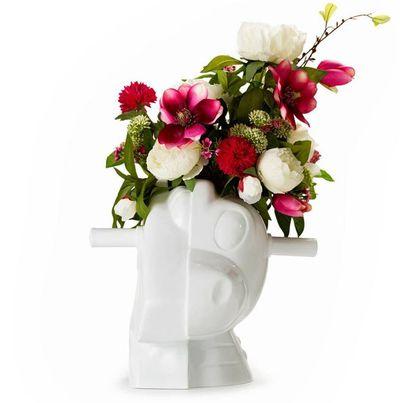 Jeff Koons vase, $6827.57 (US$5000)