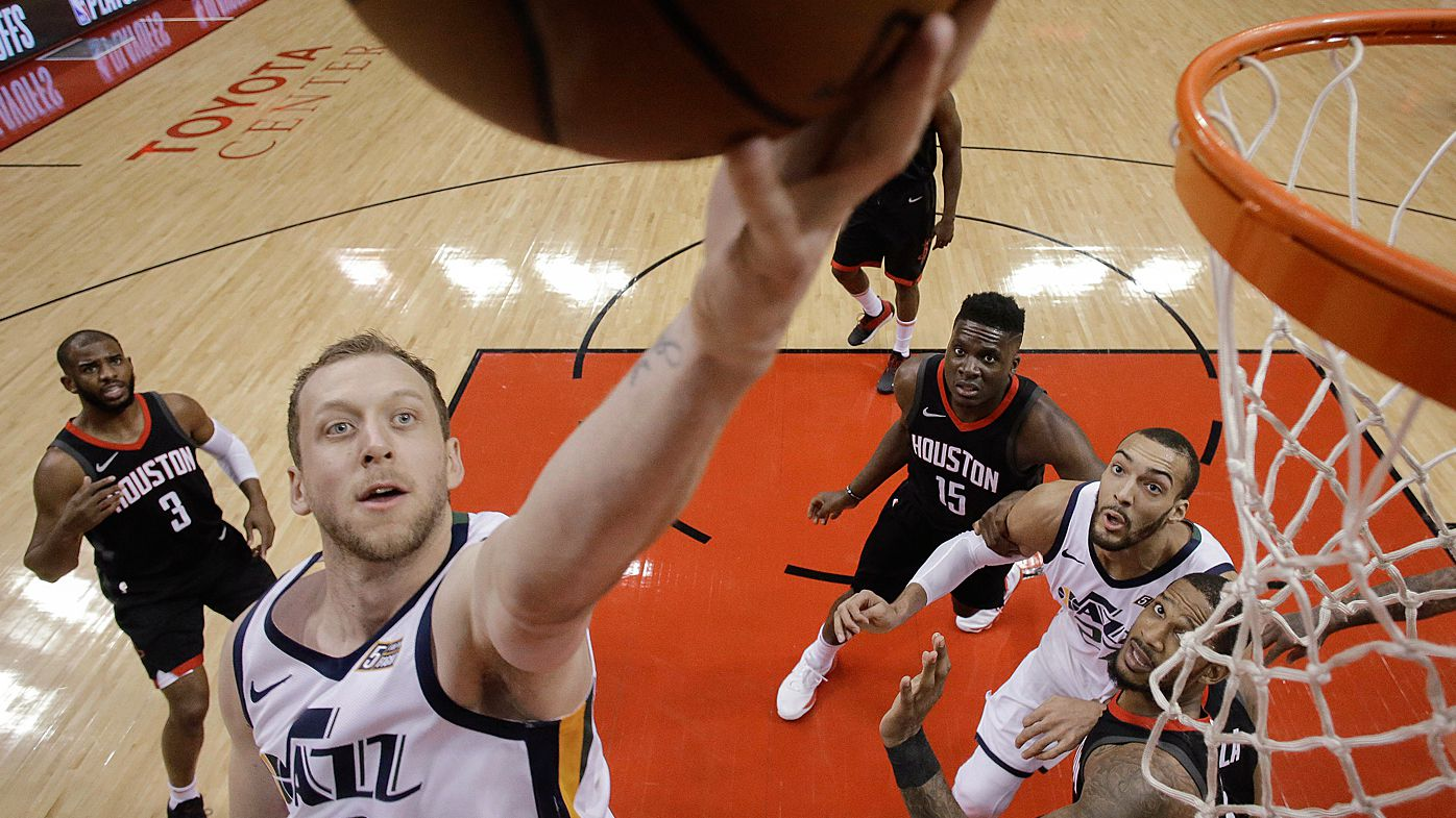 Ingles, Exum fire Jazz to win over Rockets