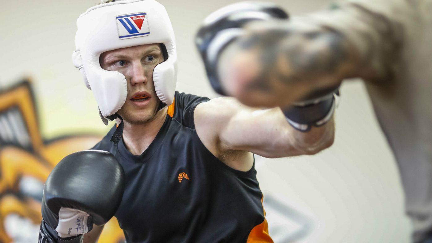 Australian Boxer Jeff Horn spars