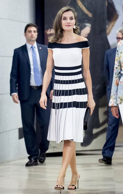 Queen Letizia wearing Carolina Herrera at the Members of Oncology Congress 'Esmo 2017' in Madrid,  September, 2017