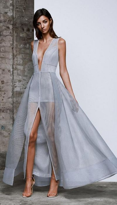 <p>LEXI Plexus Dress&nbsp;</p> <p>Rental $149</p> <p>Retail $579</p>