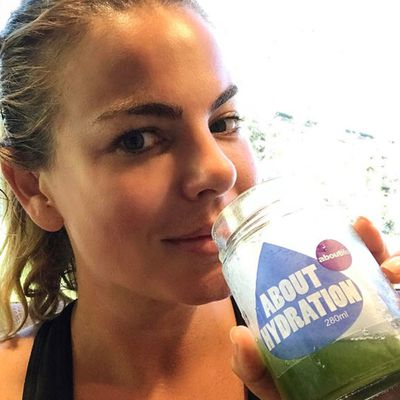 Green juice hydration with <em>The Biggest Loser</em>'s Fiona Falkiner