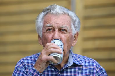 Former prime minister Bob Hawke was a keen beer lover. Here he celebrated his 88th birthday at a media event in Sydney, 2017. (AAP Image/Dan Himbrechts)