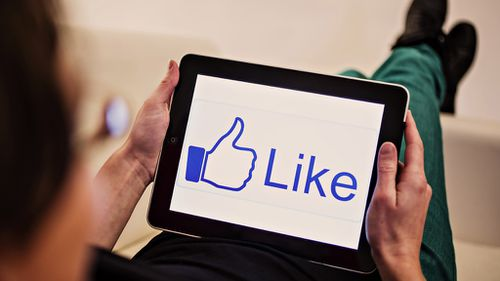 Facebook users will soon be able to shop without interrupting their social life