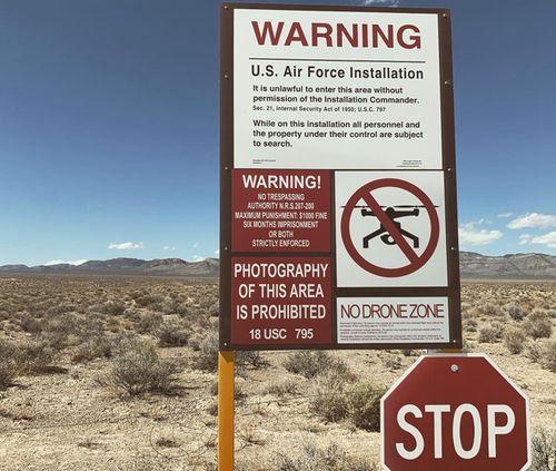 190920 Storm Area 51 Nevada Desert Alienstock crowds arrive World news USA