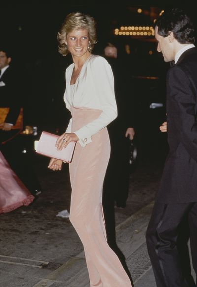 <p>Diana, Princess of Wales in Catherine Walker at a performance of Swan Lake in London 27th July 1989</p> <p> </p>
