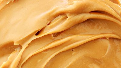 Smooth vs. crunchy peanut butter: Which is healthier?