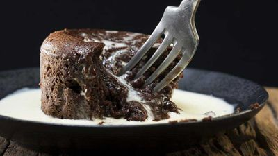 Chocolate and date molten puddings