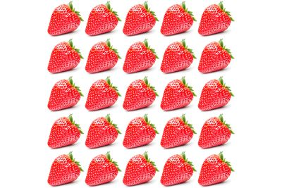 25 medium strawberries are 100 calories