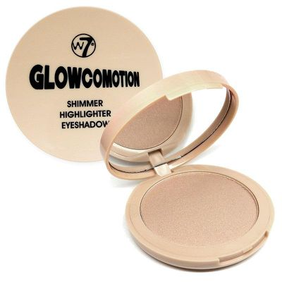 "<p><strong><a href="" http://www.kmart.com.au/product/australis-fresh--flawless-pressed-powder---light-beige/1421313"" target=""_blank"" draggable=""false"">Australis Fresh& Flawless Pressed Powder</a></strong>, $11</p> <p>""Fan-bloody-tastic.""</p>"