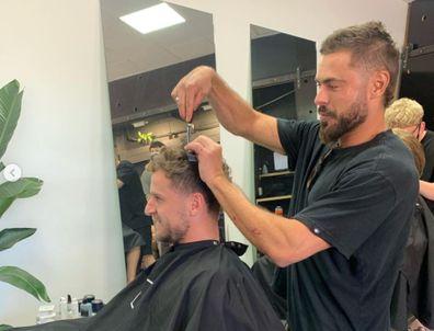 Zac Efron, haircut, barbershop, Adelaide, Istagram, photo