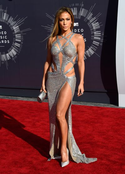 Jennifer Lopez inCharbel Zoe at the 2014 MTV Video Music Awards in Los Angeles, August, 2014