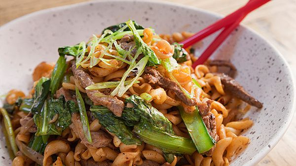 Jerry Mai's nui xao bo stir-fry pasta and beef