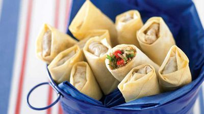 "<strong><a href=""http://kitchen.nine.com.au/2016/05/13/11/27/vegetable-spring-rolls"" target=""_top"">Vegetable spring rolls</a> recipe</strong>"