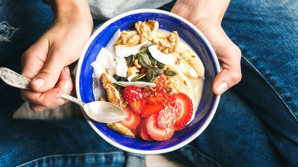 Eating breakfast 'not a good strategy' for weight loss, study claims
