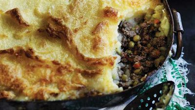 "8.) Shepherd's pie -&nbsp;<a href=""https://kitchen.nine.com.au/2017/10/03/12/54/wills-shepherds-pie"" target=""_top"">Will's shepherd's pie</a>"