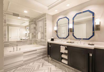 Caesars Palace Las Vegas hotel room bathroom