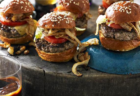 Mini cheeseburgers with fried onions