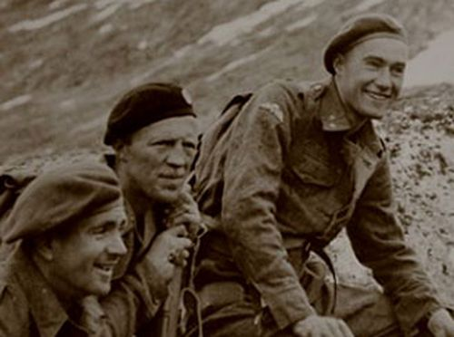 Joachim Roenneberg during training with British forces in 1943. (Norwegian Resistance Museum).