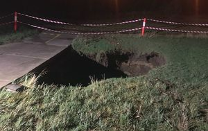Huge sinkhole opens up in Melbourne's Keilor East following powerful storm