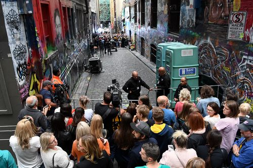 Fans gathered to watch Ed Sheeran performing in Hosier Lane in Melbourne. (AAP)