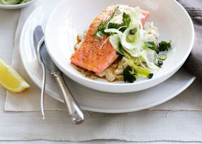 """<a href=""""http://kitchen.nine.com.au/2016/05/17/10/08/roast-ocean-trout-with-white-bean-pure-and-fennel-salad"""" target=""""_top"""">Roast ocean trout with white bean pur&eacute;e and fennel salad</a>"""