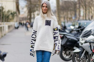 <p>Last season's chokers and silk ties have played out in the autumn street style parade by way of high-necked knits of all kinds. Whether sleek and sporty or fashion and frou frou, it's a seasonal staple (and practical must-have) for the cooler months ahead.</p><p>The cosy jumper</p>