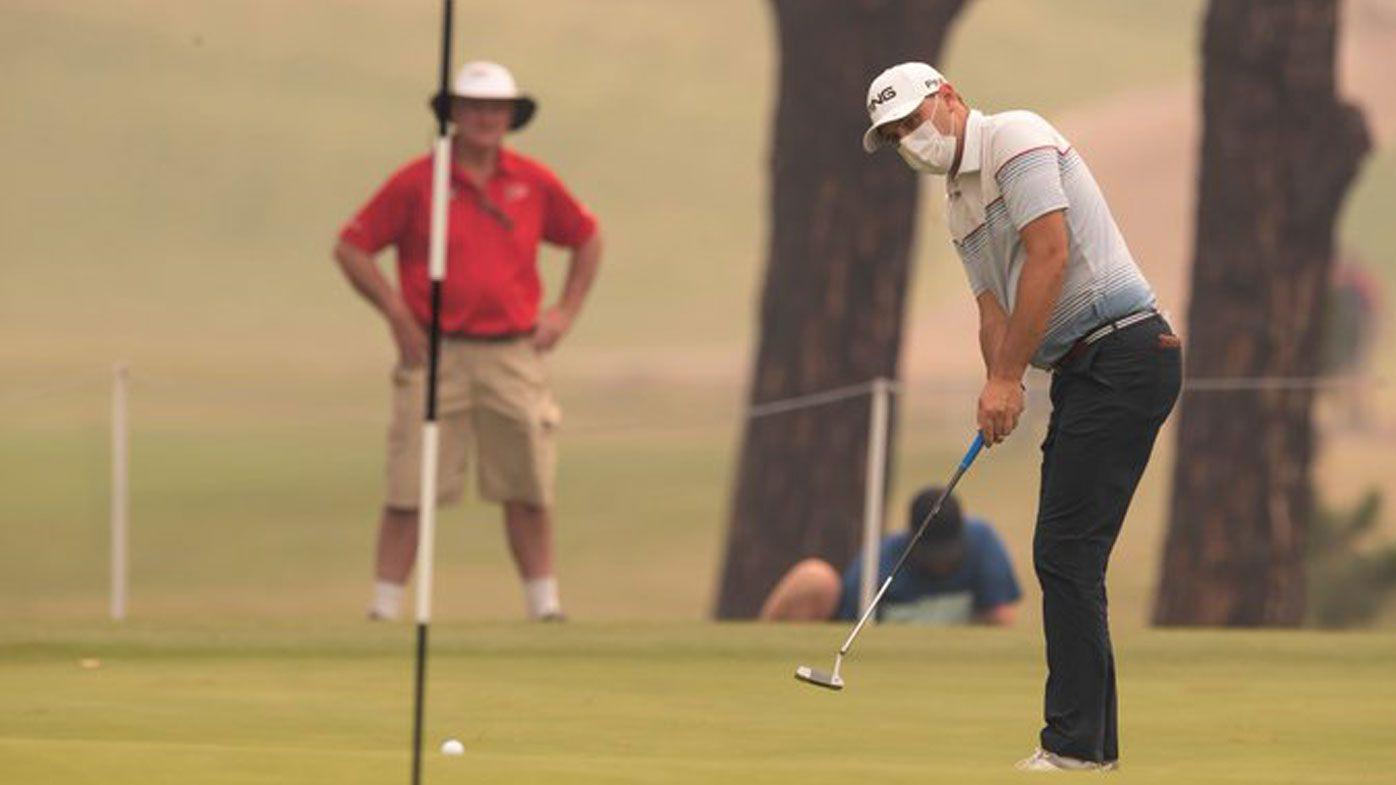 Golfer's 'eyes burn up' as bushfire smoke causes havoc at Australian Open