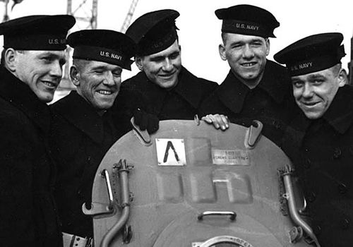 The Sullivan brothers aboard the USS Juneau in 1942. (Photo: US Navy).