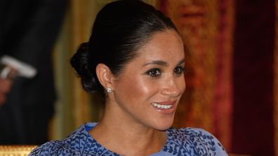 Meghan Markle pregnant blue dress