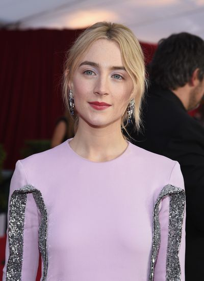 <p><strong><em>Brows</em></strong></p> <p><em>Ladybird</em>&nbsp;actress and red carpet newcomer Saoirse Ronan showed why big, bold brows will always be in style.&nbsp;</p>