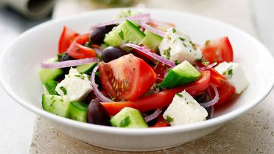 "<a href=""http://kitchen.nine.com.au/2016/05/16/19/25/greek-fetta-salad"" target=""_top"">Greek feta salad<br> </a>"