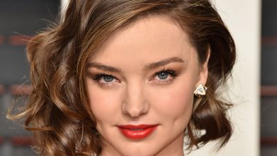 Miranda Kerr gives up $10m worth of jewels to US agents
