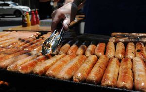 Bunnings sausage sizzles on their way back