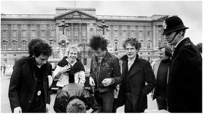 Sex Pistols outside Buckingham Palace