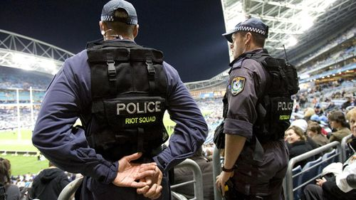 Expect longer lines at AFL grand final due to terror checks: police