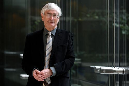 Dick Smith is calling for the government to change the Civil Aviation Act 1988. (AAP)