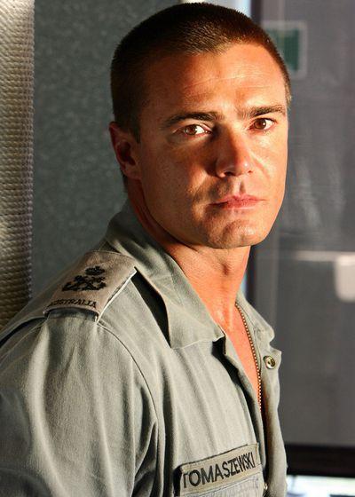 Jeremy Lindsay Taylor as Petty Officer Peter 'Buffer' Tomaszewski