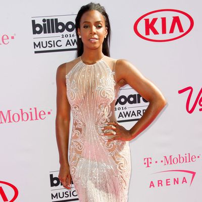 Now for Destiny's Child: Kelly Rowland first!