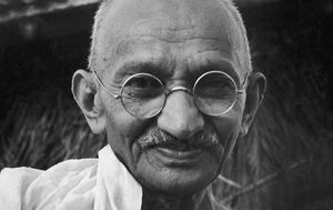 Gandhi's $26,544 glasses anonymously left in auctioneer's letterbox