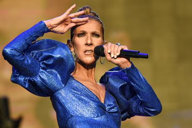 Céline Dion, singing, concert, on stage
